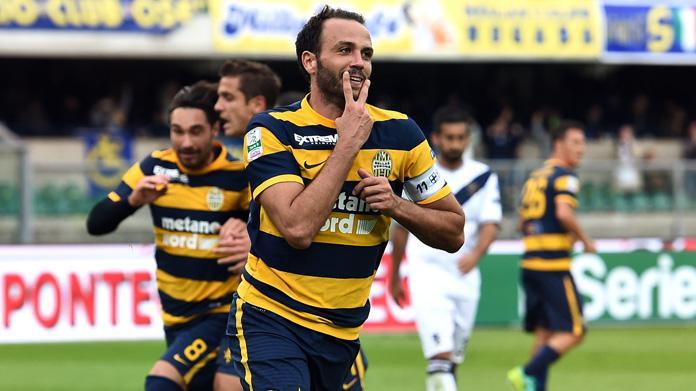 Chievo-Verona 5-6 dopo i calci di rigore, esulta Pecchia