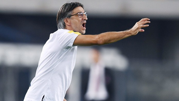 SERIE A - Hellas Verona-Milan 0-1, decide Piatek: un rosso per parte, successo di tutto